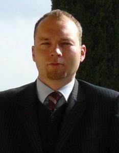 Tomasz R. Szymczyński